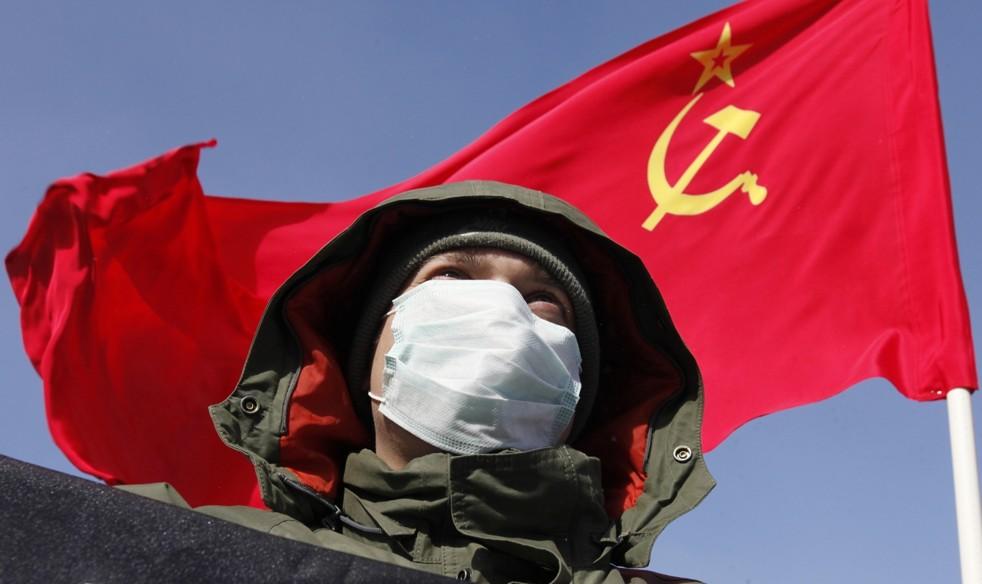 یخ بستہ روس میں انقلاب کی تپش