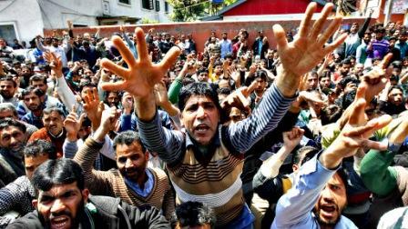 کشمیر: خاموشی کی کوکھ میں پلتے طوفان