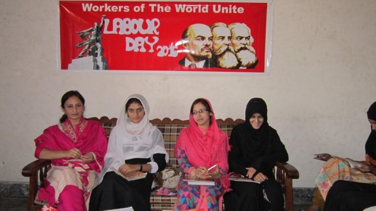 گوجرانوالہ: یوم مئی کے موقع پر خواتین کی تربیتی نشست