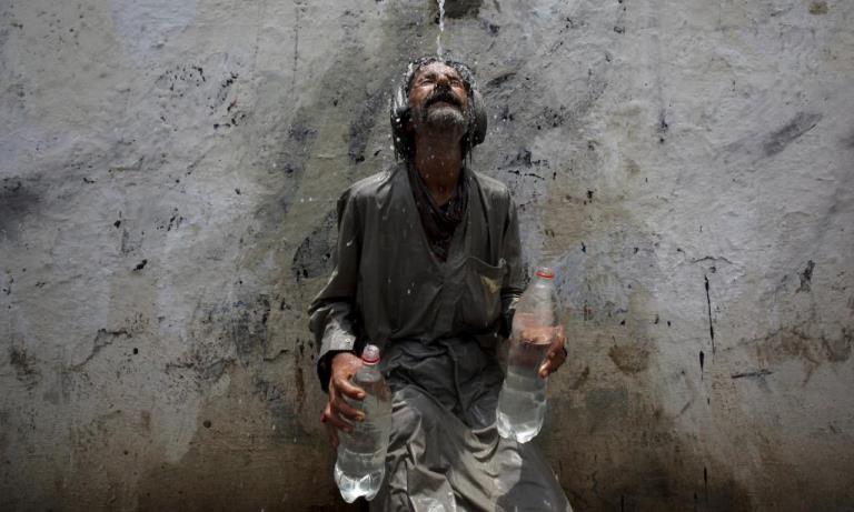 سانحہ کراچی: ہمیں کیا برا تھا مرنا، اگر ایک بار ہوتا!