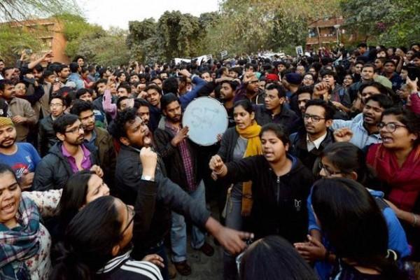 دہلی سے آزادی کشمیر کی پکار!
