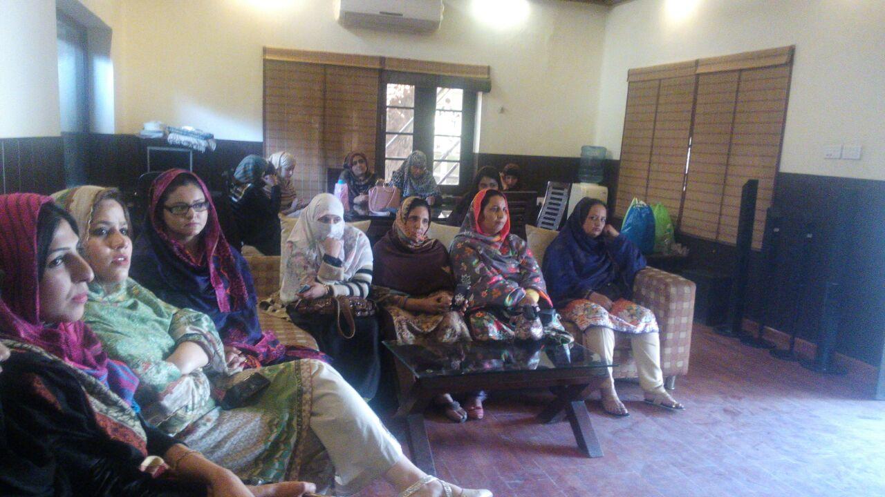 راولپنڈی: پاکستان ریلوے میں محنت کش خواتین کے عالمی دن کے حوالے سے تقریب